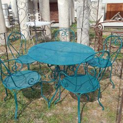 TABLE DE JARDIN VERTE